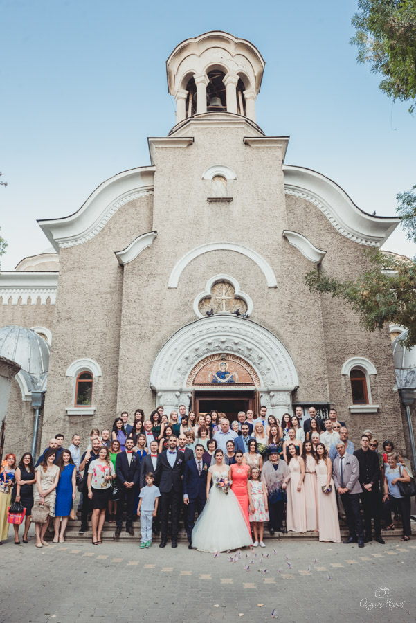 Сватба в храм Покров Богородичен